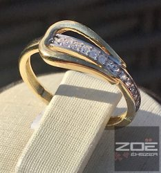 Sárga arany női gyűrű, cirkóniákkal