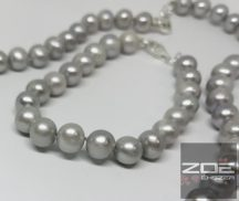 IGAZGYÖNGY KARKÖTŐ - ezüst szürke színben -20cm  R1702
